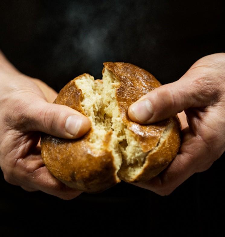hotellfrukost bröd