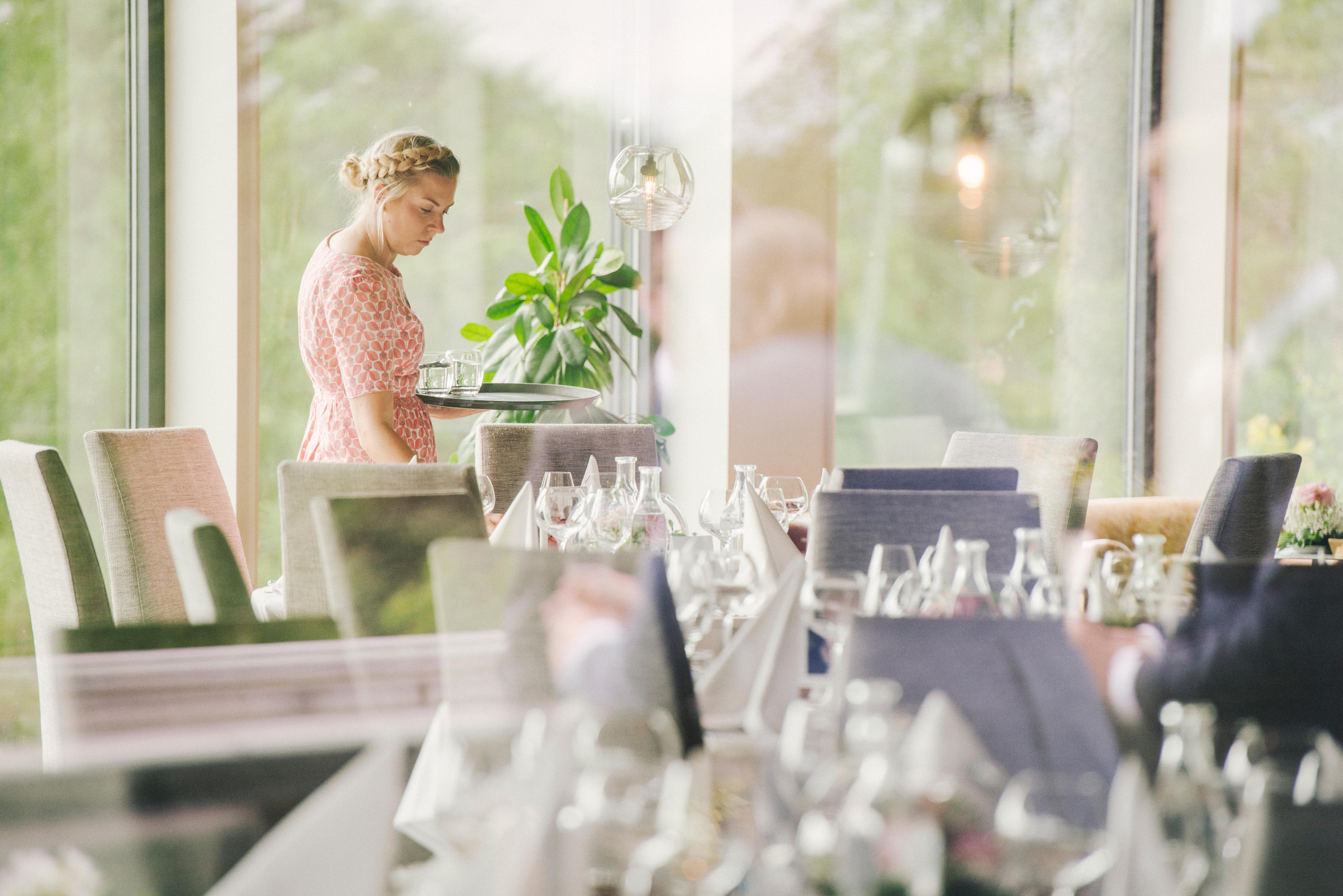 dukning på bröllop och fest