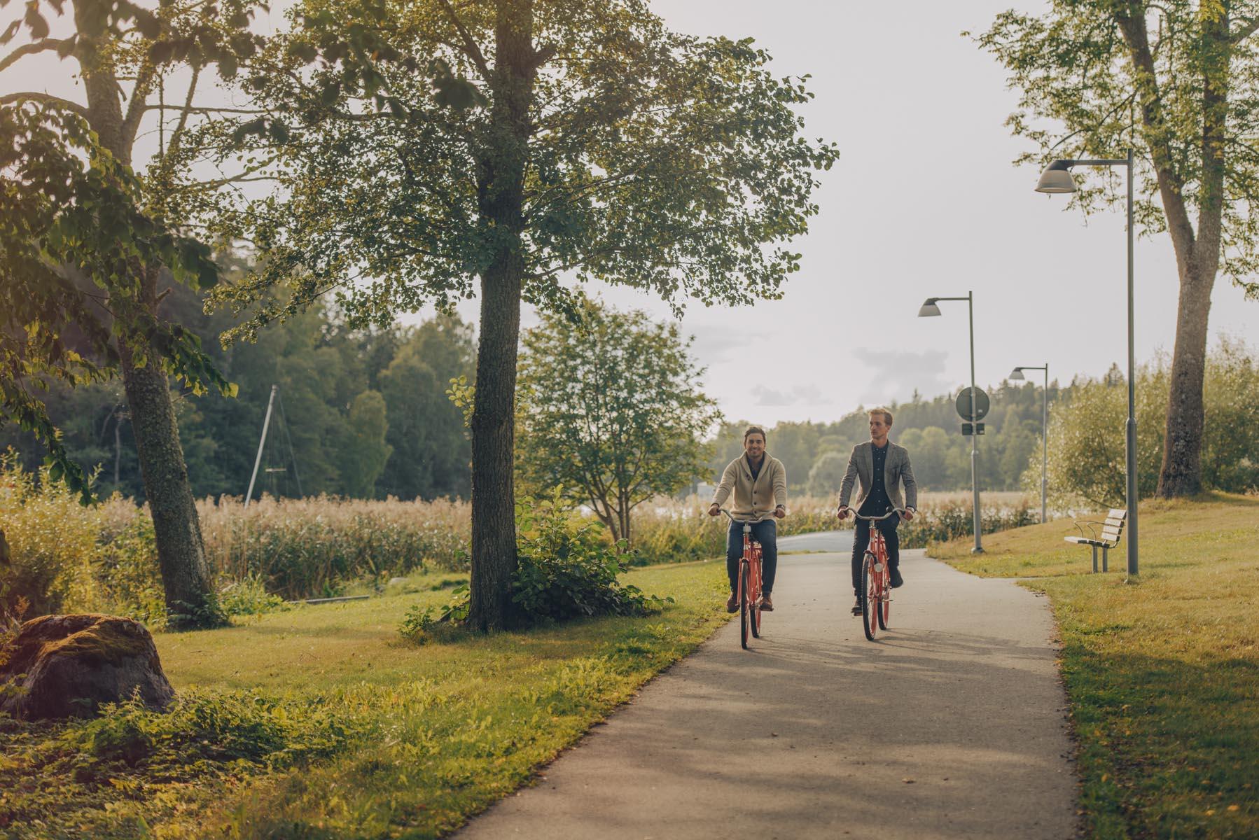 cykeltur längs med mälaren på paus