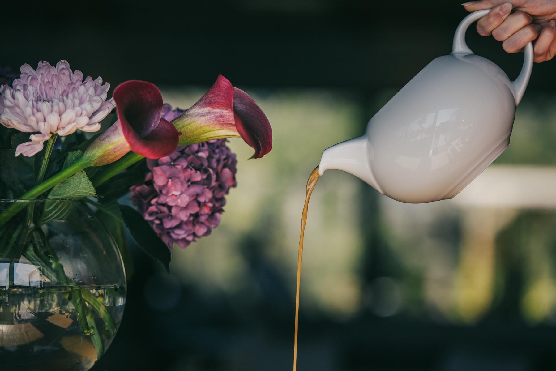 sås och blommor